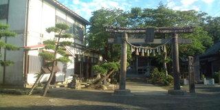 大島神社と住吉分館.jpg