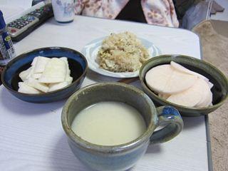 栗ご飯とお漬け物と甘酒_s.JPG